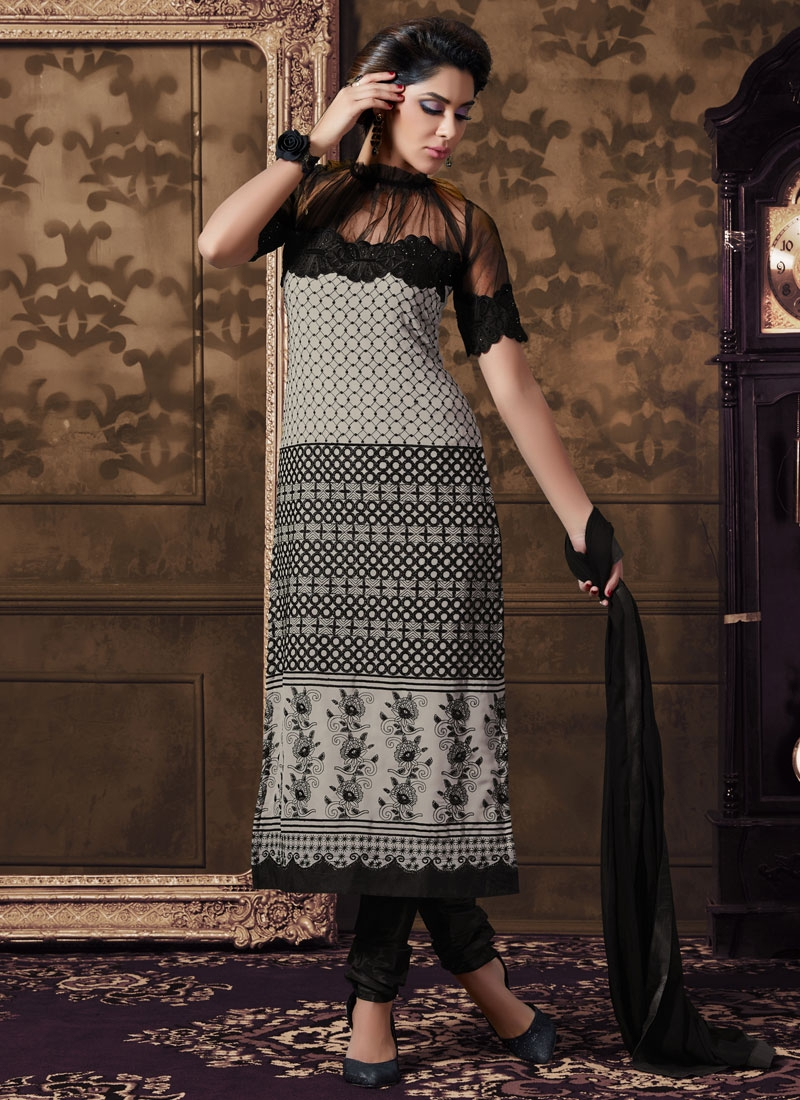 Especial Stone Work Net Party Wear Salwar Kameez