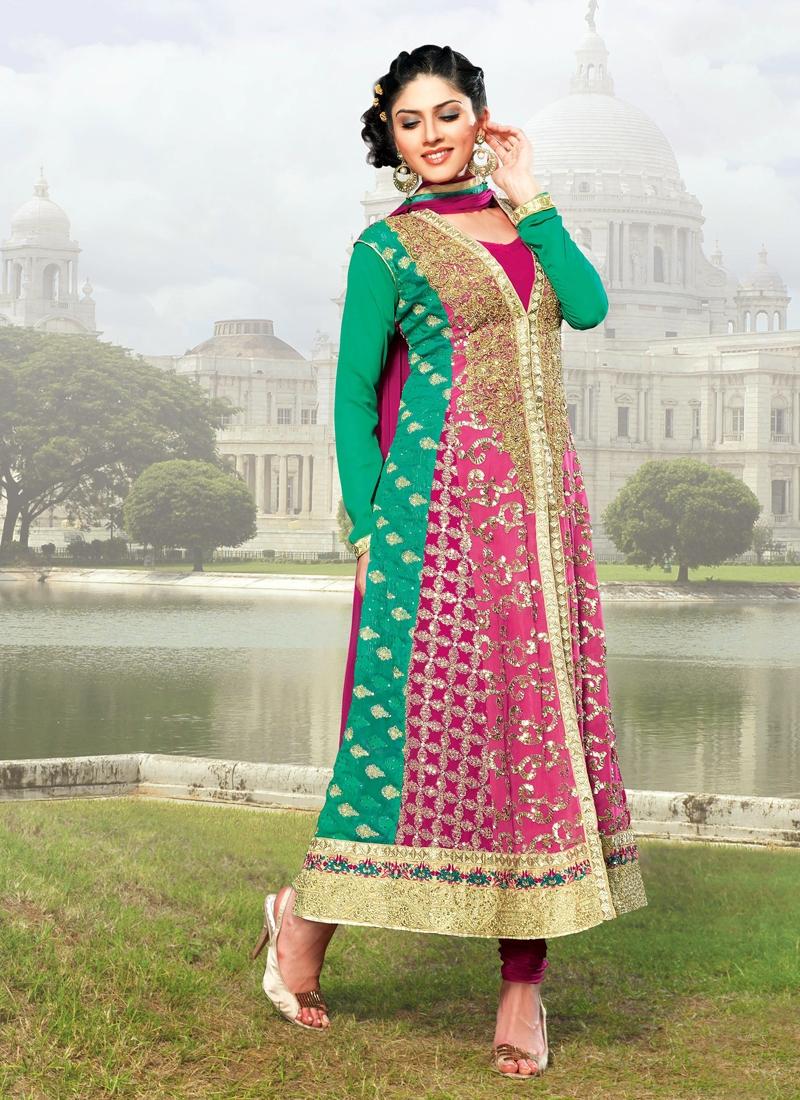 Ethnic Patch Enhanced Designer Salwar Kameez