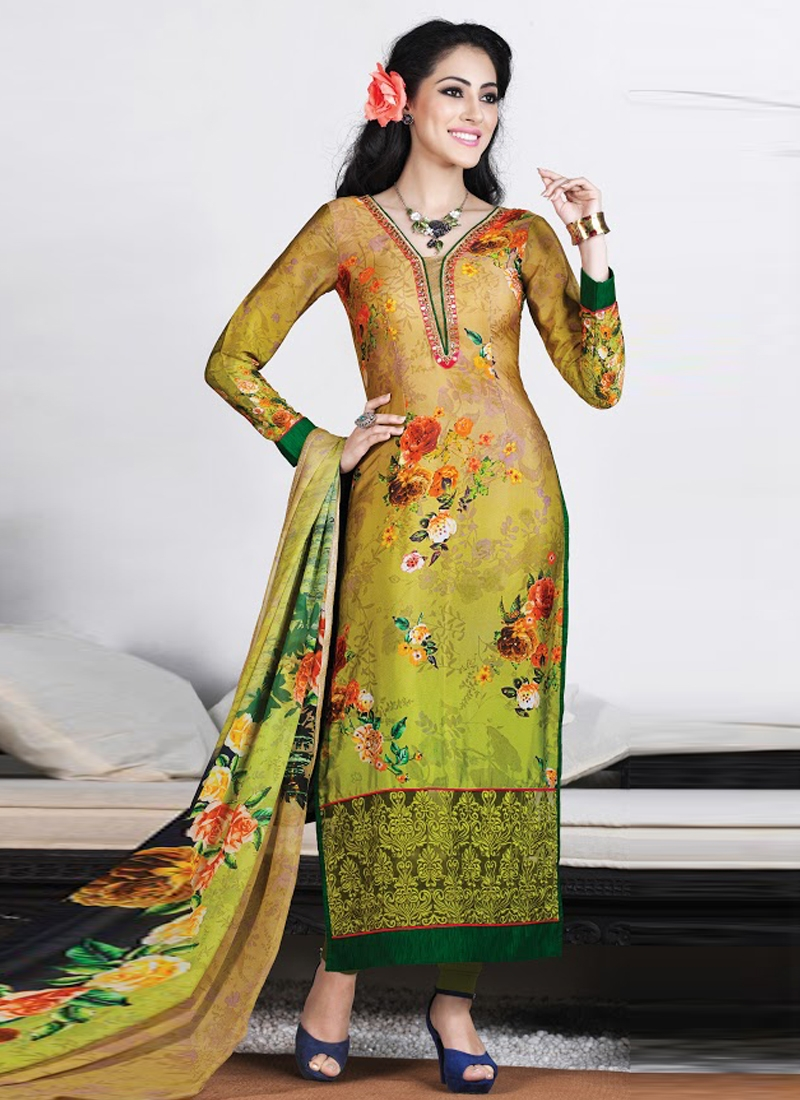 Exceptional Digital Print Work Pakistani Salwar Suit