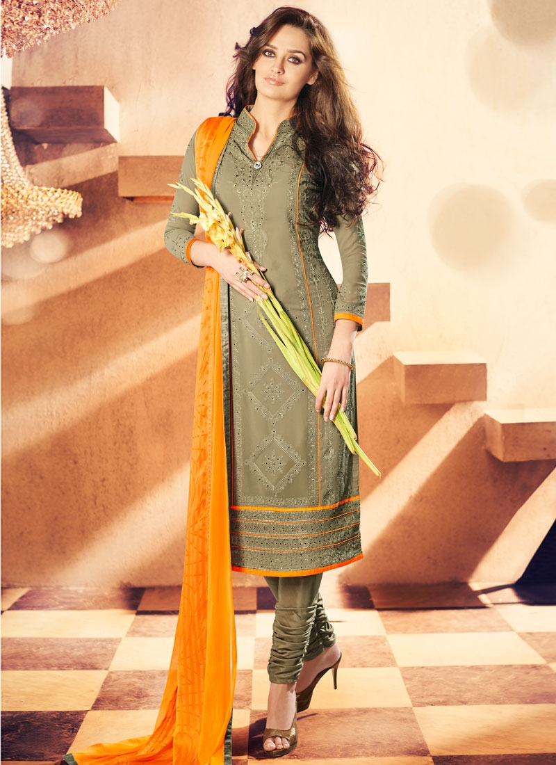 Exuberant Patch Border Work Churidar Salwar Kameez