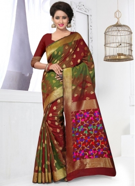 Exuberant Resham Work Banarasi Silk Trendy Classic Saree