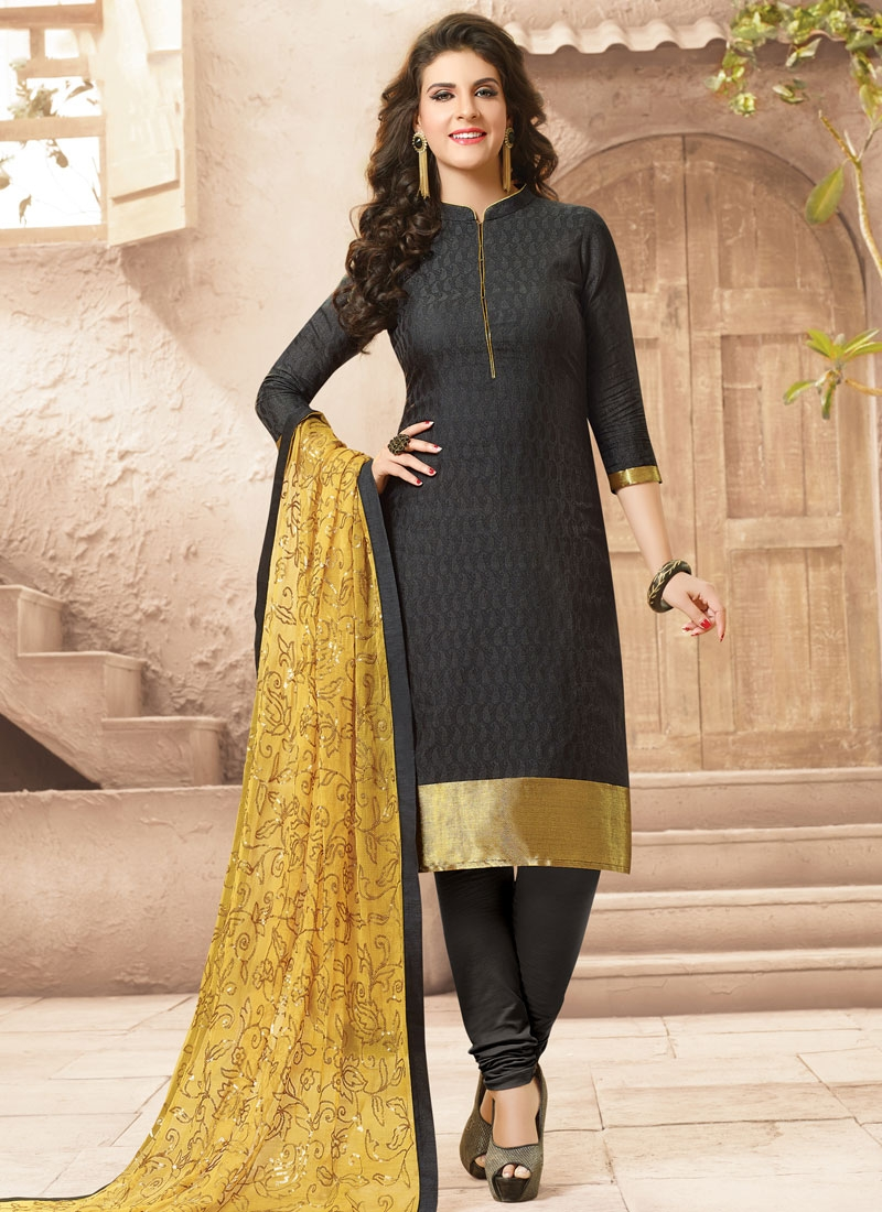 Eye-Catchy Black Color Casual Salwar Kameez