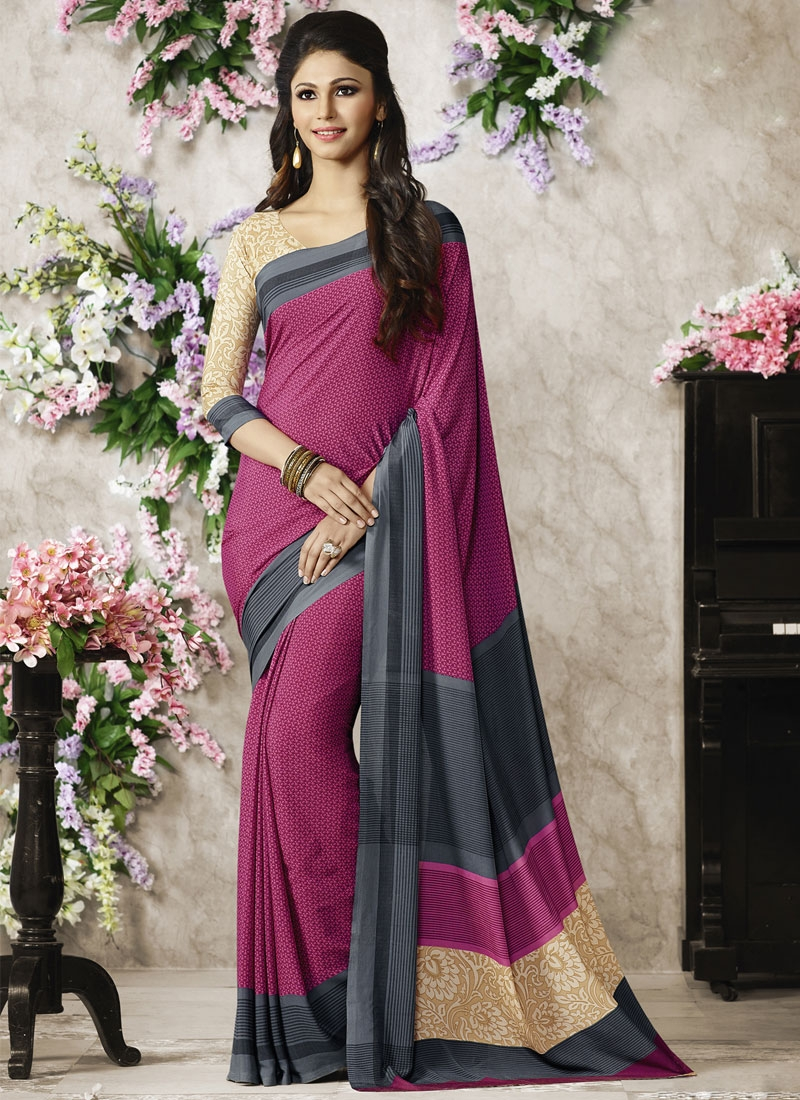 Eye-Catchy Crepe Silk Printed Casual Saree