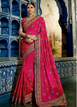 Eye-Catchy Faux Georgette Booti Work Designer Contemporary Saree