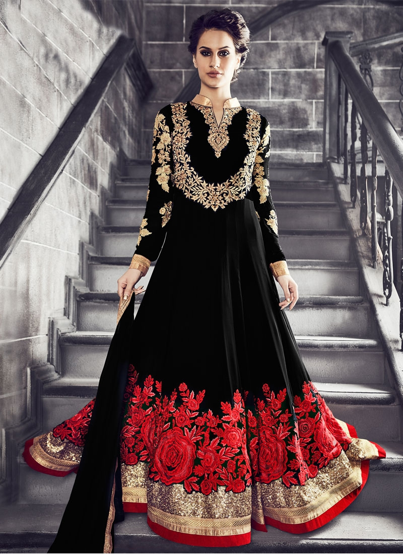 Eye-Catchy Sequins Work Floor Length Wedding Salwar Suit