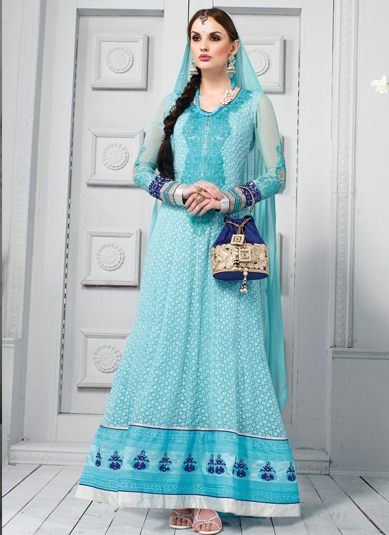 Fab Resham And Lace Work Wedding Salwar Kameez