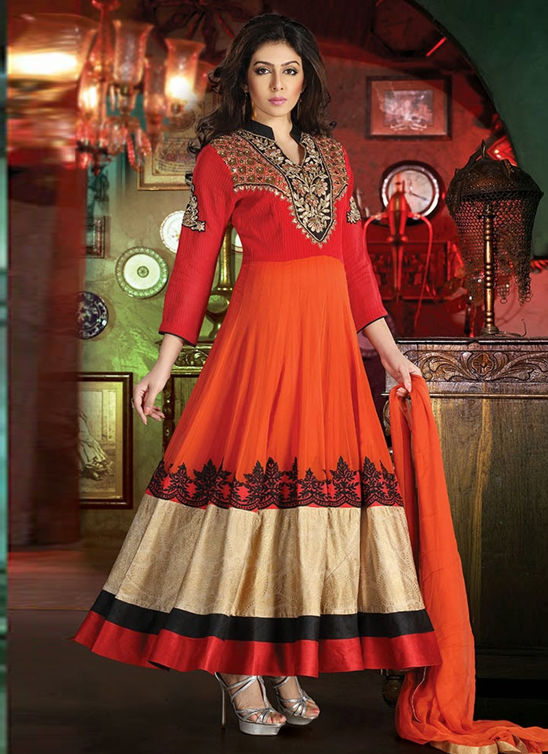 Fabulous Cutdana Work Readymade Salwar Suit