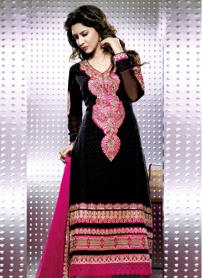 Flamboyant Black And Magenta Party Wear Suit