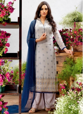 Flattering  Palazzo Style Pakistani Salwar Suit For Ceremonial