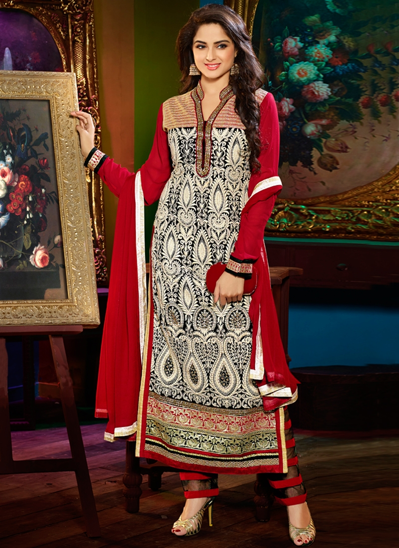 Flattering Red Color Georgette Party Wear Salwar Kameez