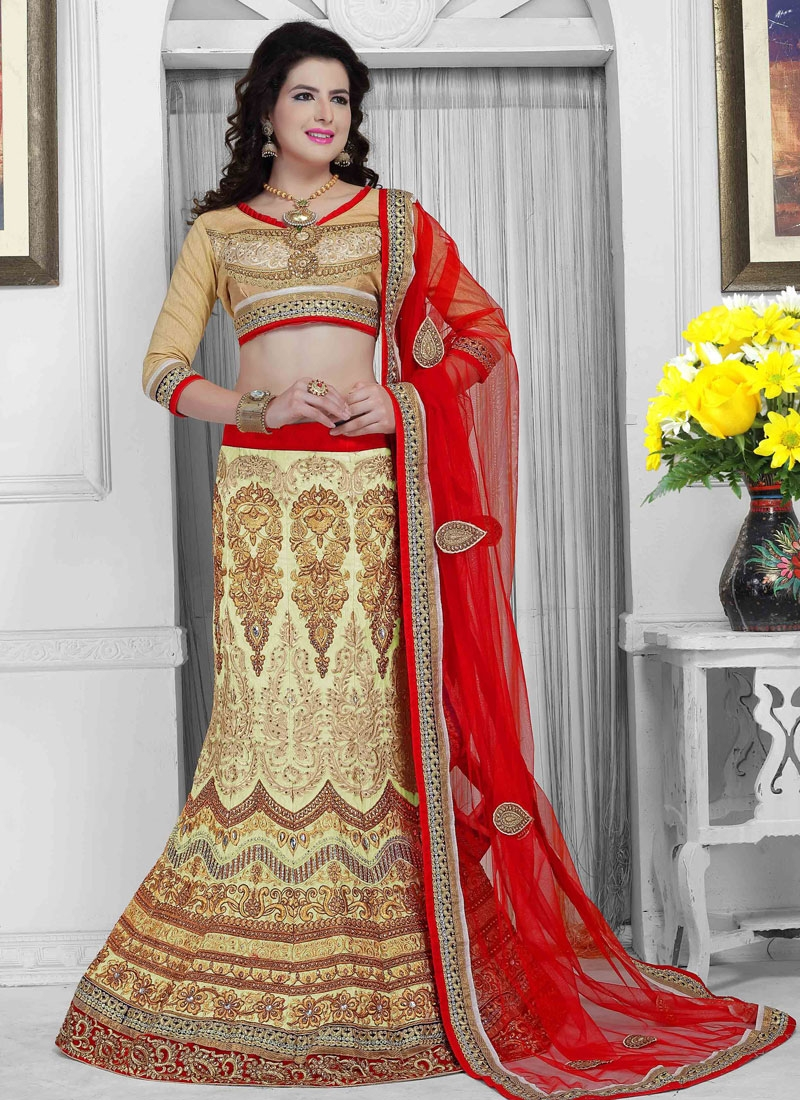 Flawless Resham And Stone Work Bridal Lehenga Choli