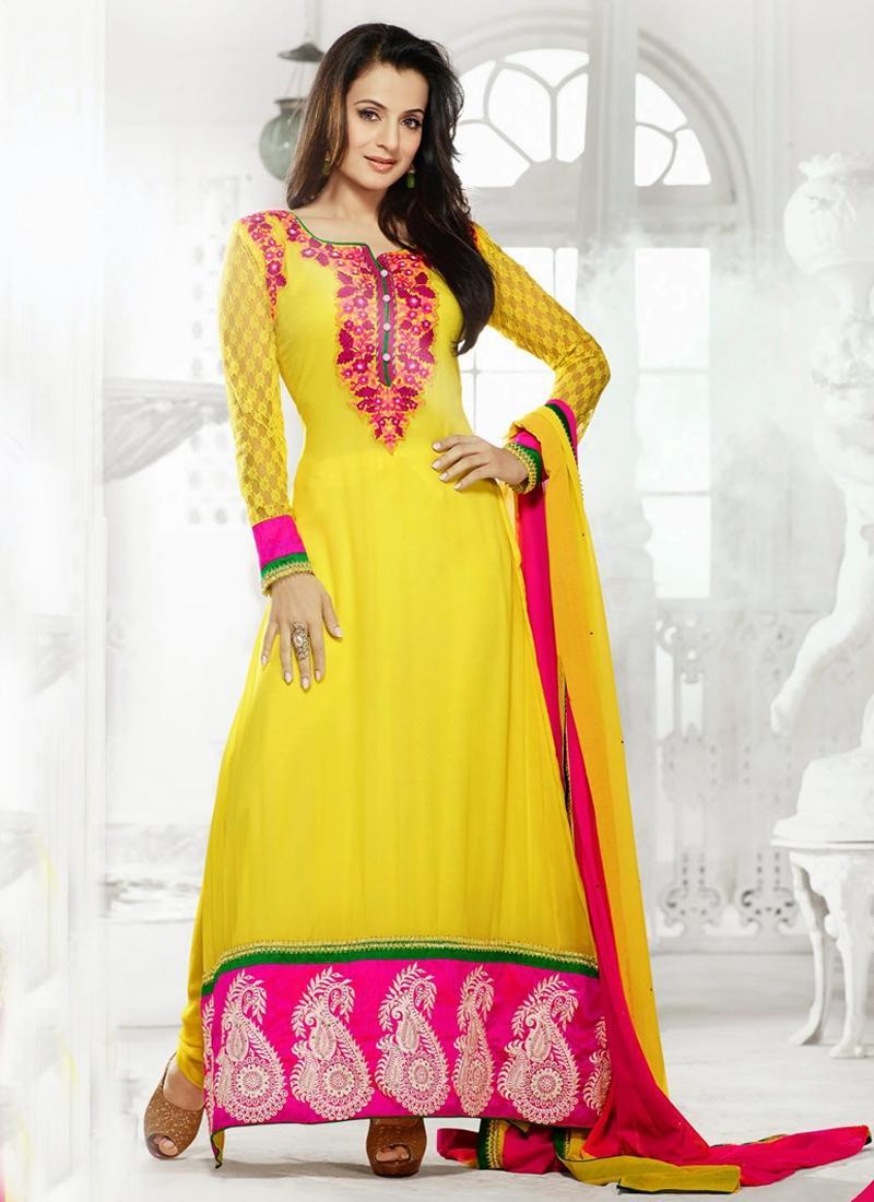 Floral Work Amisha Patel Bollywood Salwar Kameez