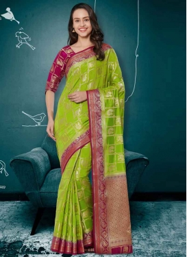 Fuchsia and Green Thread Work Trendy Saree