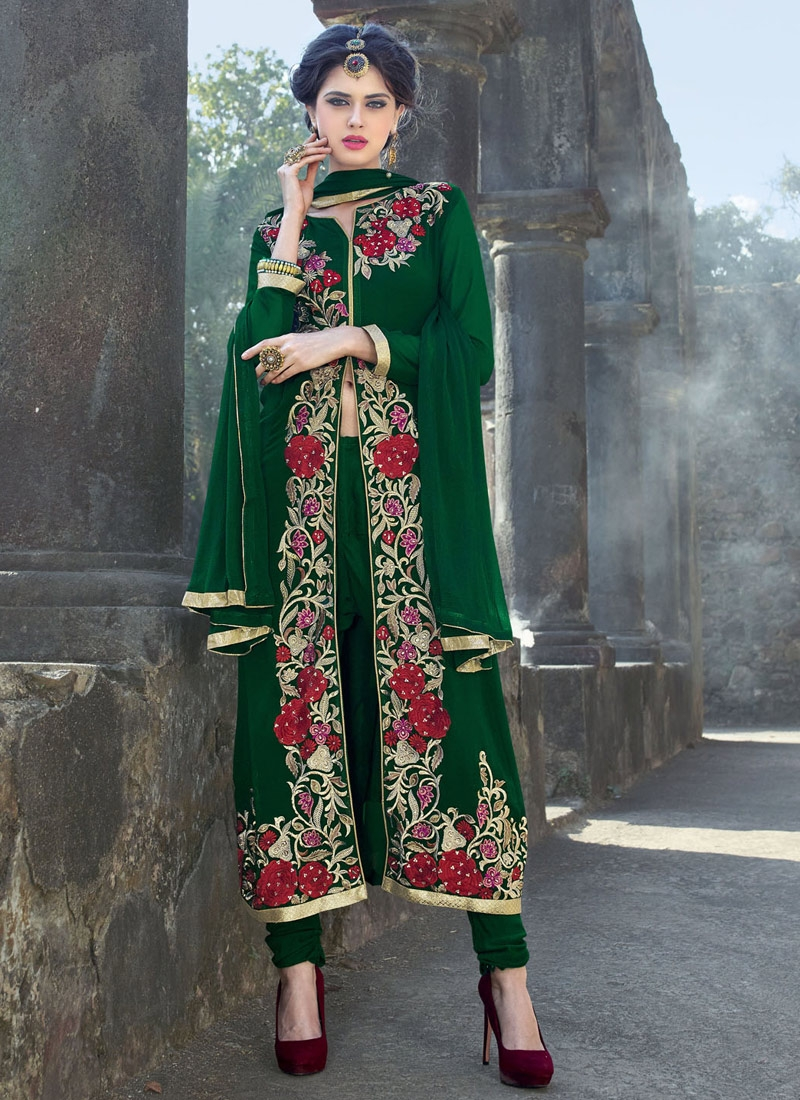 Girlish Floral And Resham Work Designer Salwar Kameez