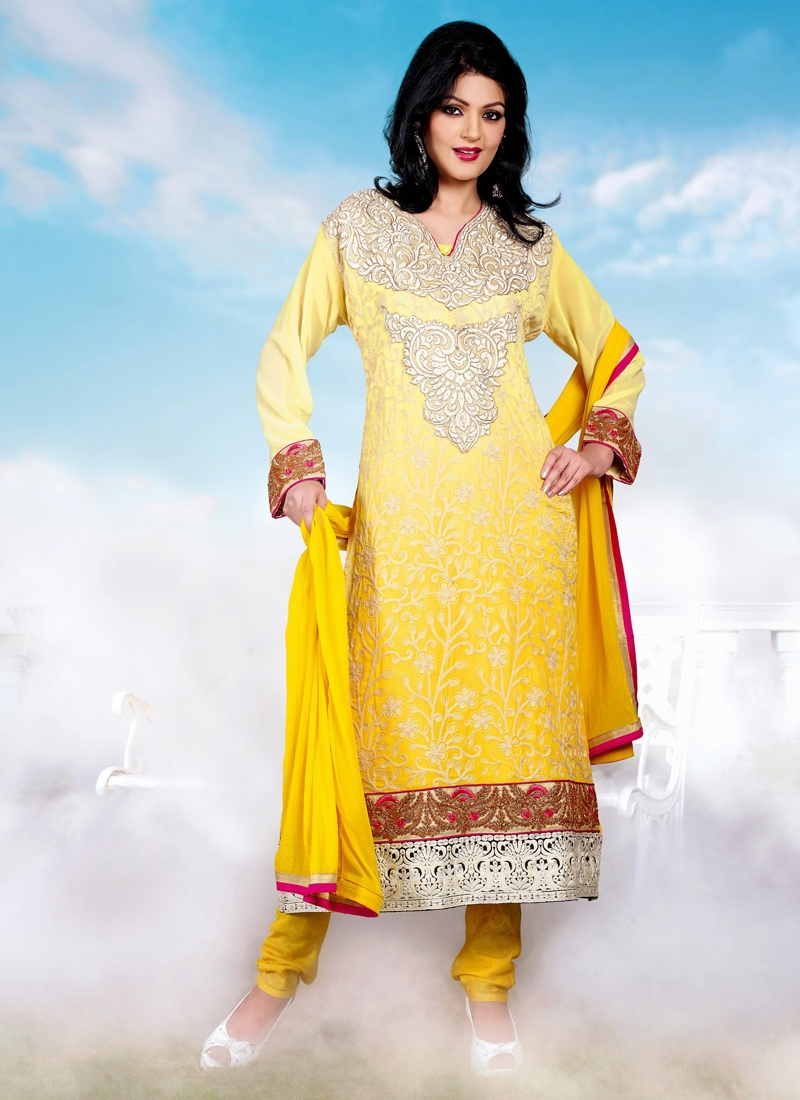 Gleaming Stone Work Georgette Party Wear Suit