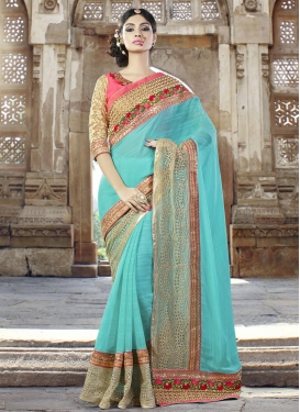 Gleaming  Traditional Saree