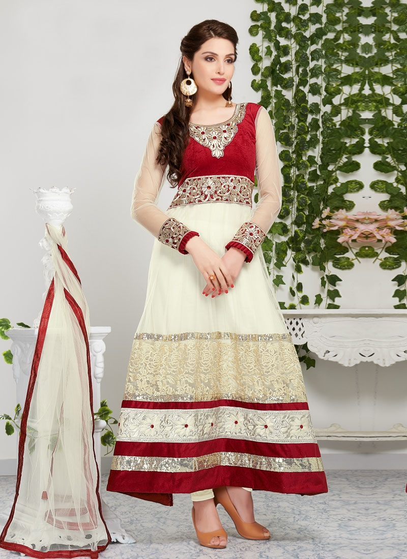 Glitzy Jaal And Resham Work Churidar Salwar Kameez