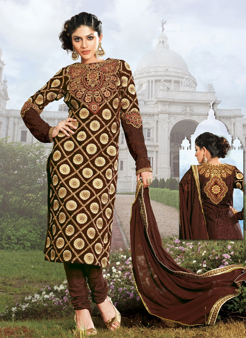 Glorious Velvet Designer Salwar Kameez