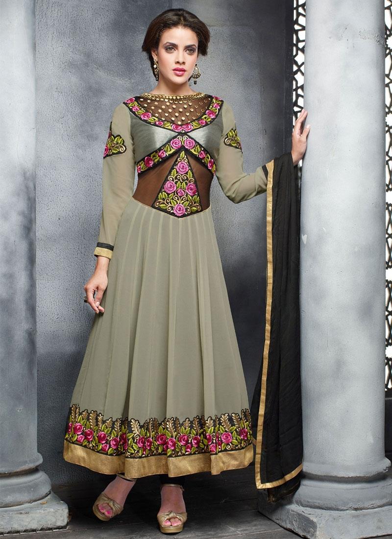 Graceful Floral Work Anarkali Salwar Suit