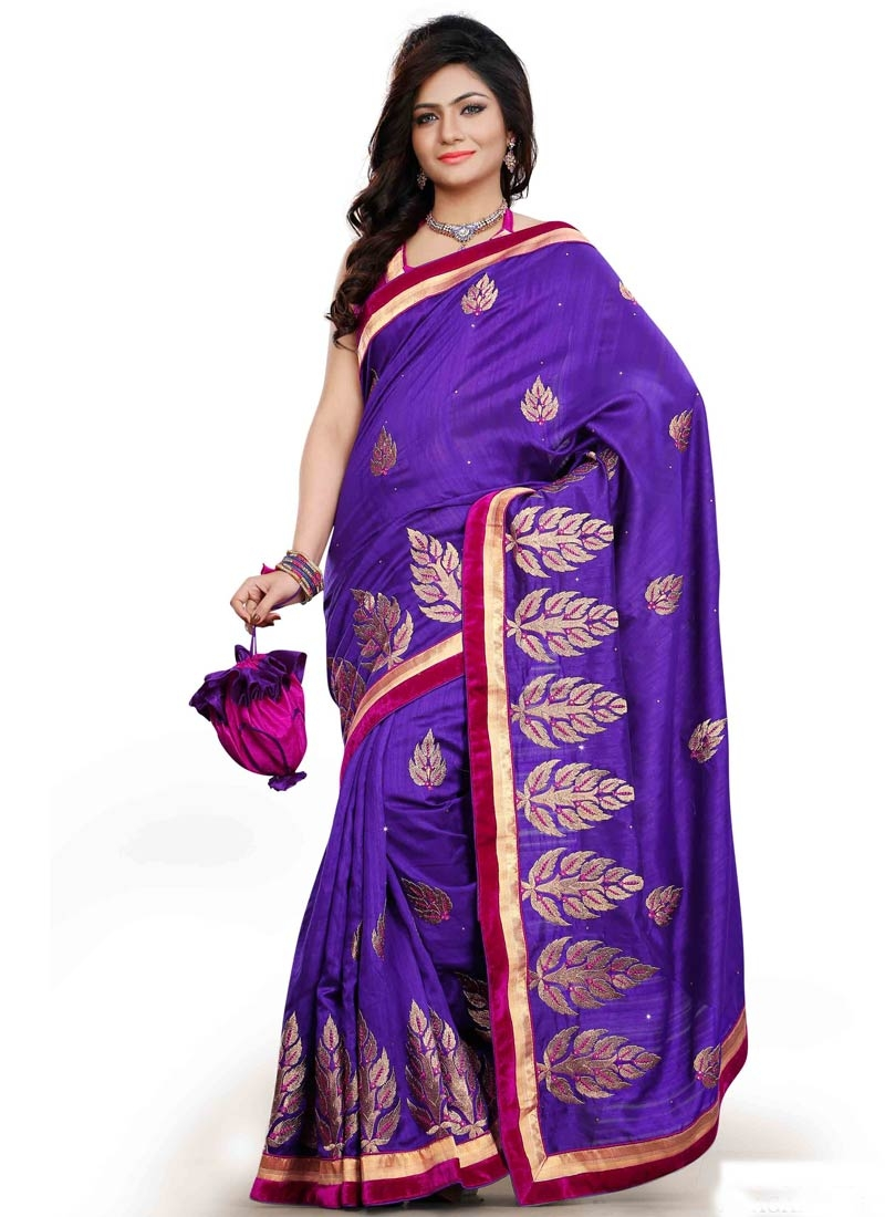 Gratifying Booti And Lace Work Party Wear Saree