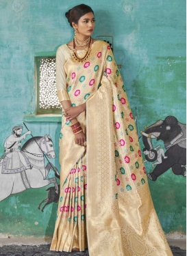 Handloom Silk Contemporary Style Saree For Ceremonial