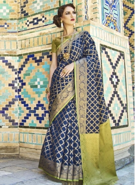 Handloom Silk Trendy Saree