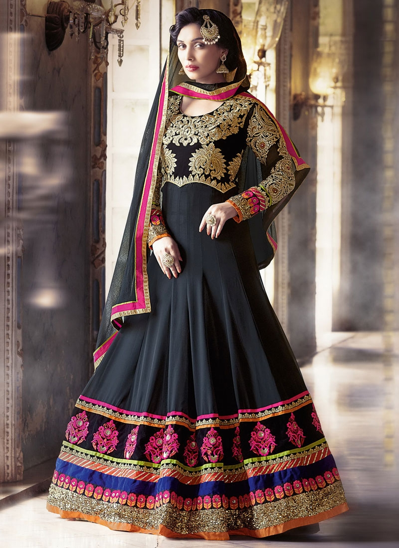Heavenly Patch Border Work Floor Length Wedding Salwar Suit