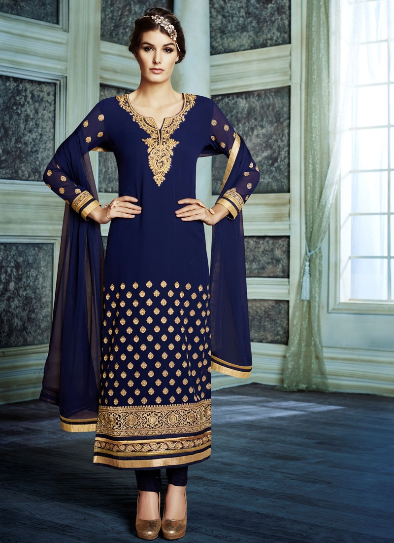Heavenly Resham Work Faux Georgette Pakistani Salwar Kameez