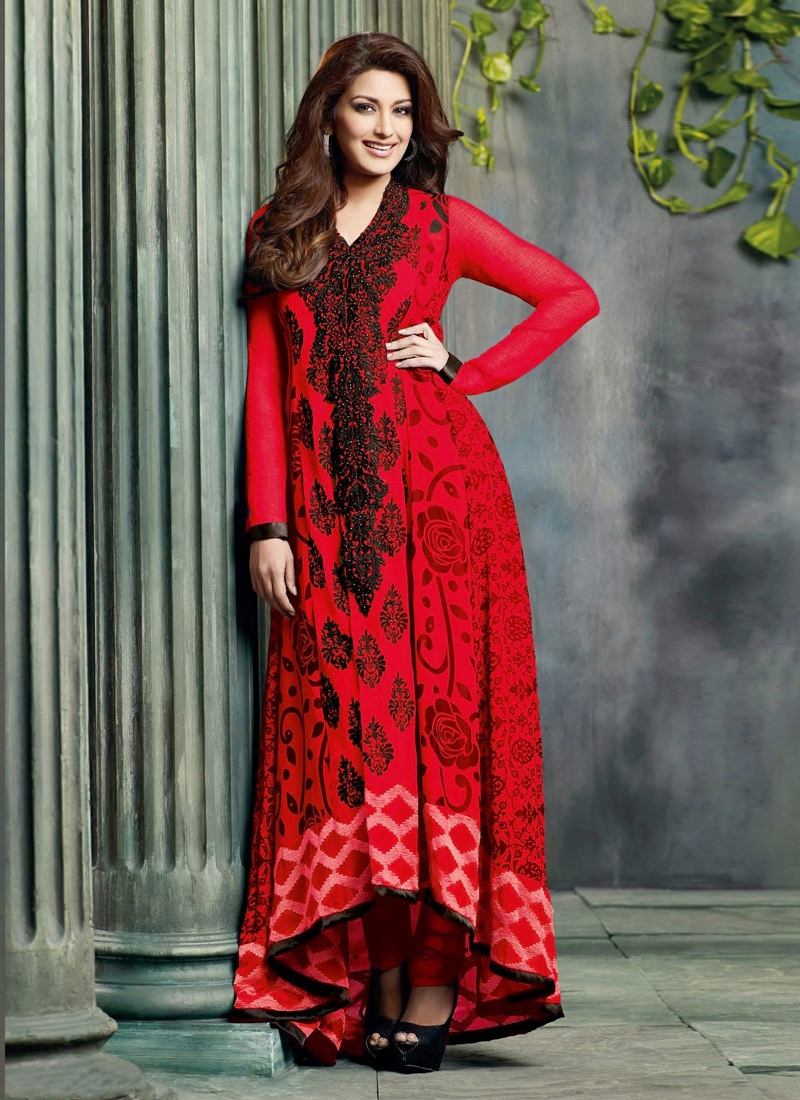 Honourable Red Color Sonali Bendre Bollywood Suit