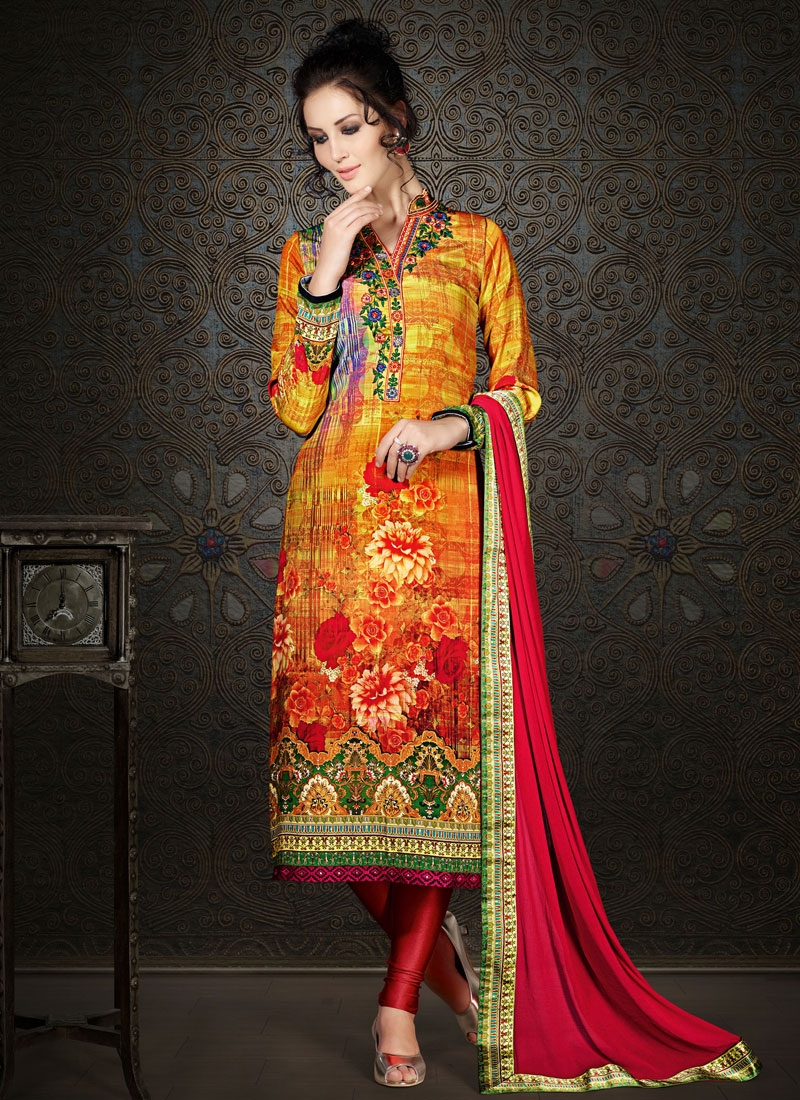 Hypnotic Floral And Stone Work Party Wear Salwar Kameez