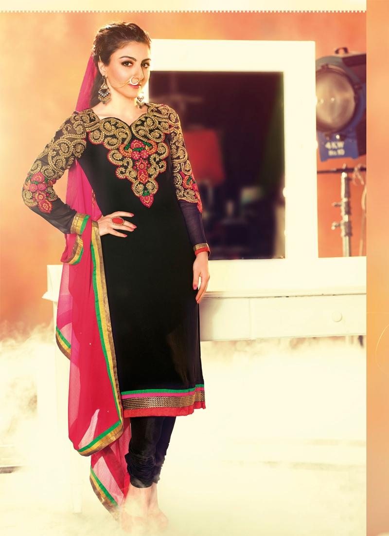 Immaculate Floral Work Churidar Salwar Kameez