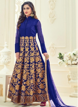 Imposing  Anarkali Salwar Kameez For Festival