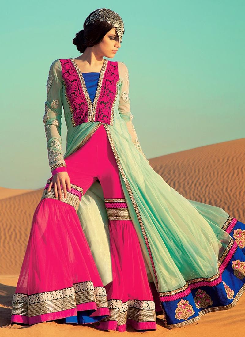 Intriguing Resham Work Designer Salwar Kameez