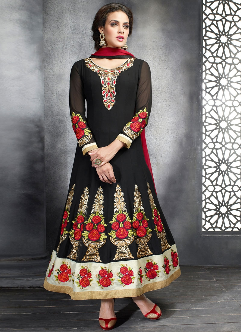 Invaluable Booti And Floral Work Anarkali Suit