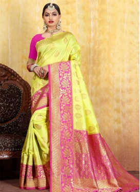 Jacquard Silk Thread Work Trendy Classic Saree