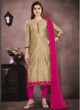 Lace Work Pakistani Salwar Kameez For Ceremonial