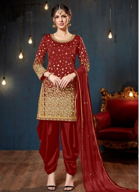 Lace Work Trendy Straight Salwar Kameez
