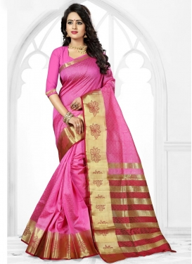 Lovely  Thread Work Contemporary Style Saree