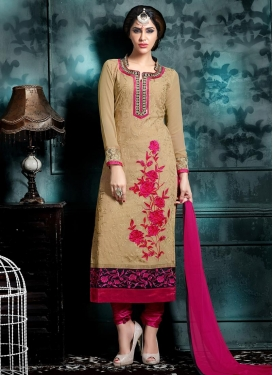 Luscious Faux Georgette Straight Pakistani Salwar Kameez For Ceremonial