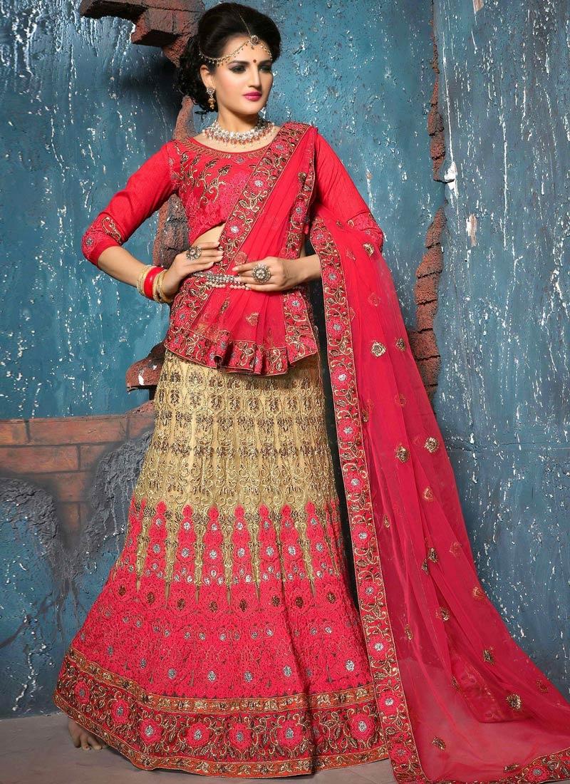 Luxurious Embroidery And Lace Work Bridal Lehenga Choli