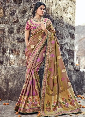 Magenta and Olive Trendy Saree For Festival