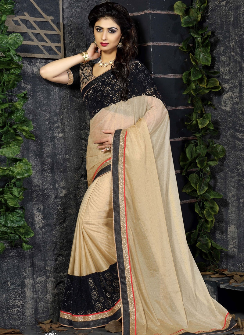 Magnetize Patch Border Work Cream Color Party Wear Saree