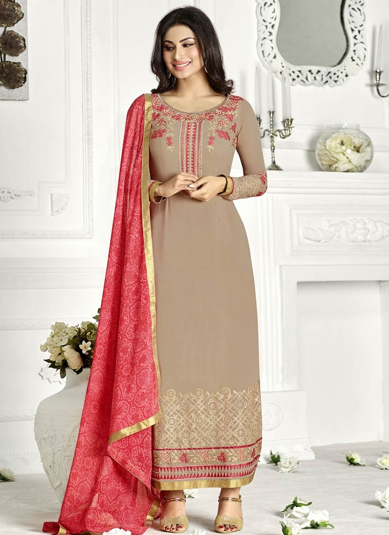 Marvelous Beads And Resham Work Pakistani Salwar Kameez