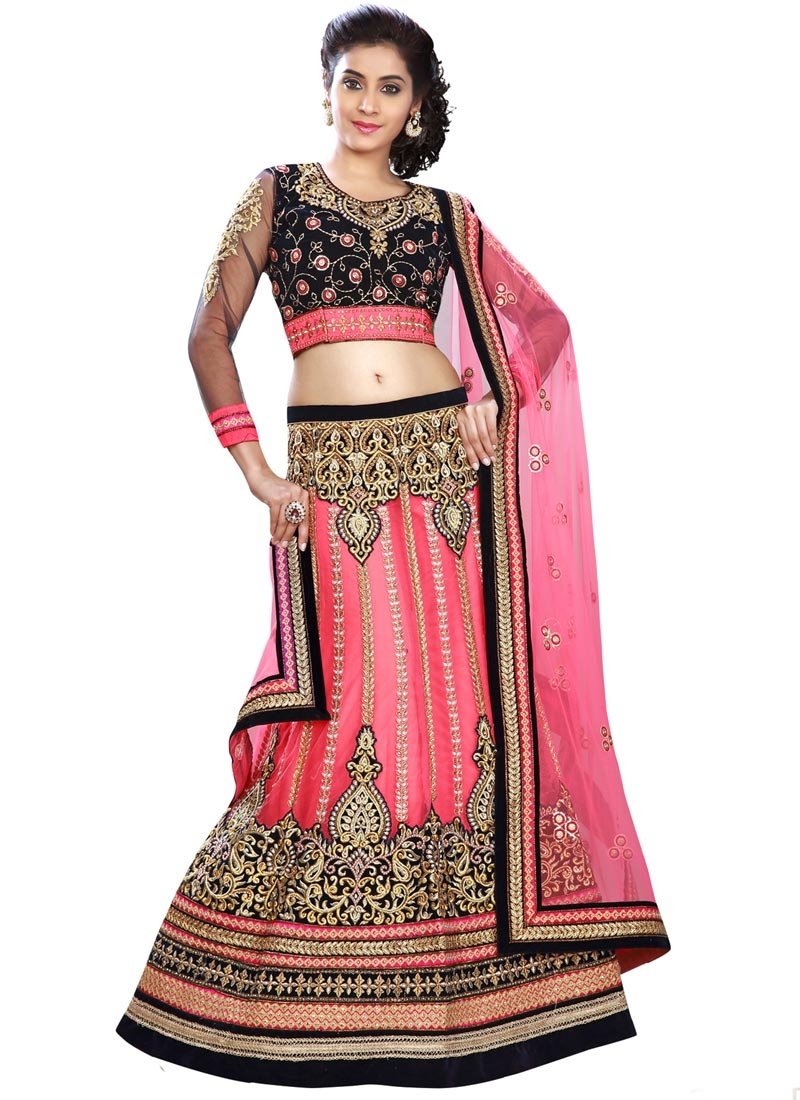 Masterly Patch Border Work Bridal Lehenga Choli
