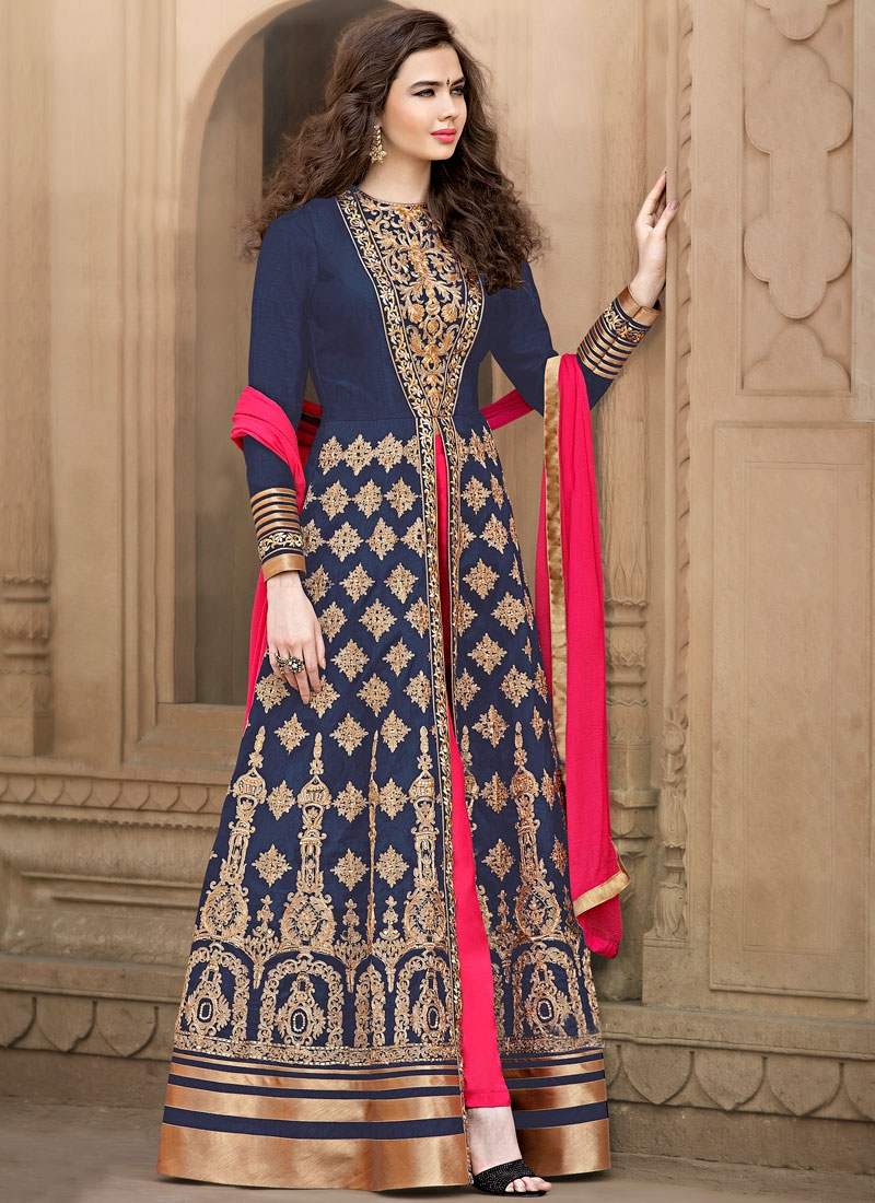 Mesmerizing Navy Blue Color Floor Length Designer Salwar Suit