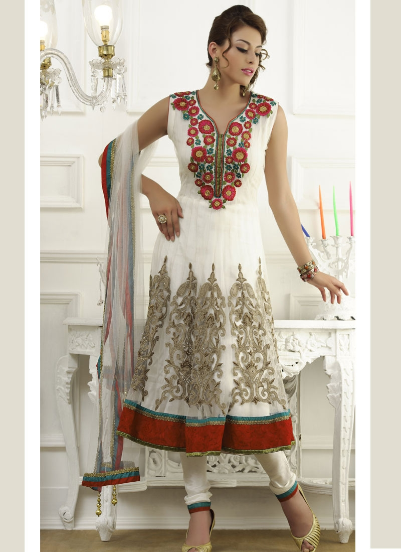 Mesmerizing Off White And Red Salwar Suit