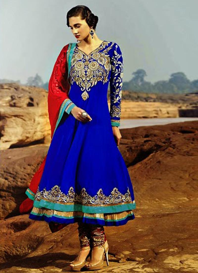 Mesmerizing Resham Work Designer Salwar Kameez
