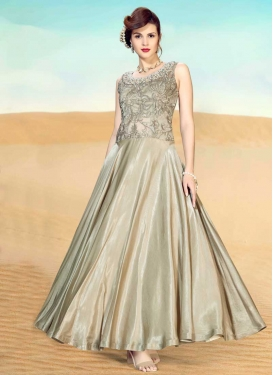 Net Readymade Classic Gown