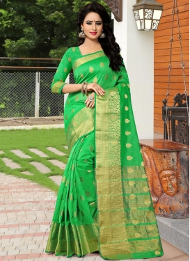 Nice Banarasi Silk Thread Work Trendy Classic Saree