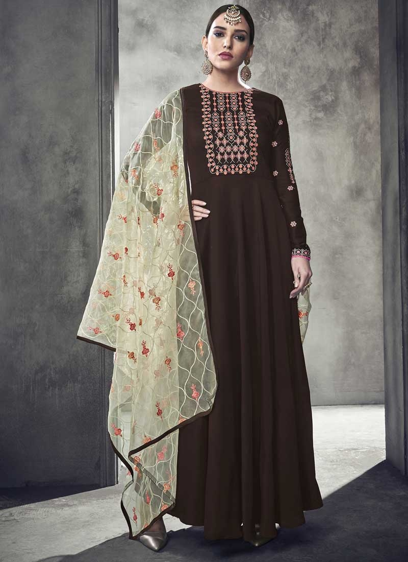 Nylon Readymade Trendy Gown For Ceremonial